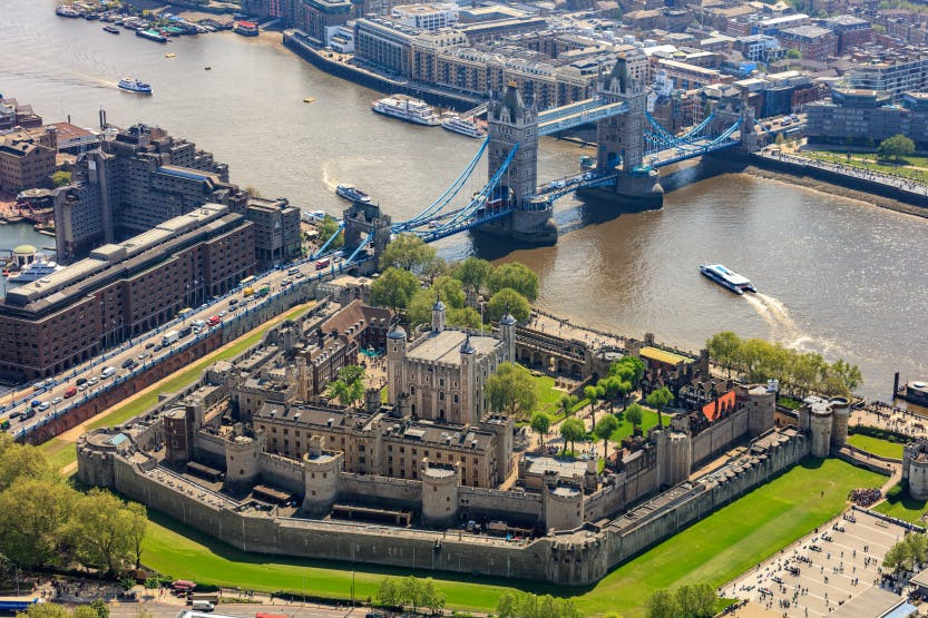 Tower-Bridge-Tower-of-London