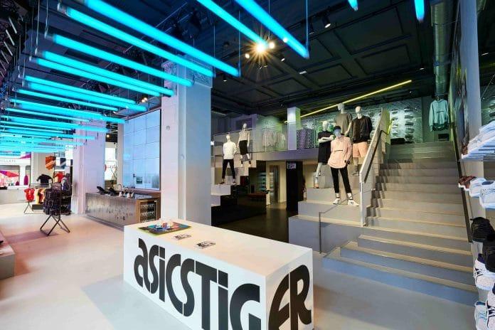 ASICS_Running-Regent-St