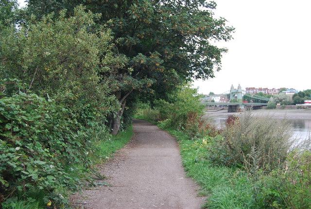 Thames-Path-Hammersmith